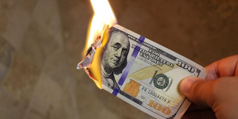 burning-money-2113914_1280