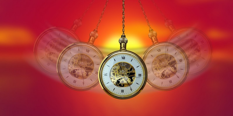 Pendulum-Hypnosis-Swing-Clock-Commute-Pocket-Watch-4041584