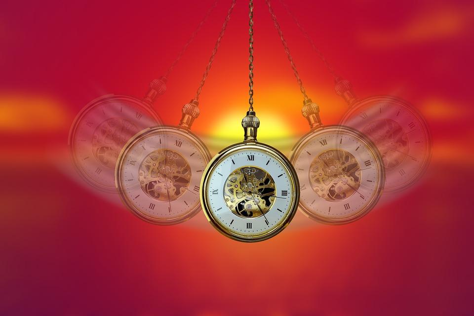 Pendulum-Hypnosis-Swing-Clock-Commute-Pocket-Watch-4041584
