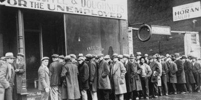 dustbowl_unemployed_men_queued_outside_a_depression_soup_kitchen_1931_-_nara