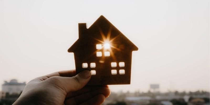 house, light, hands