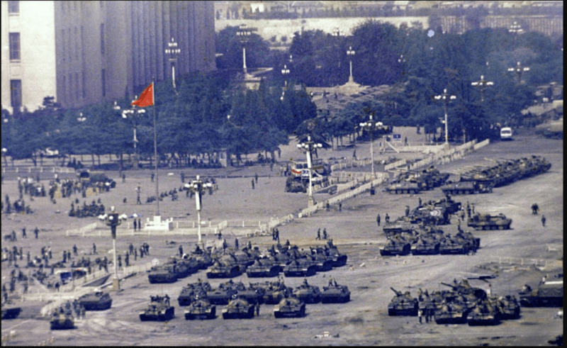 180,000 troops marched through beijing